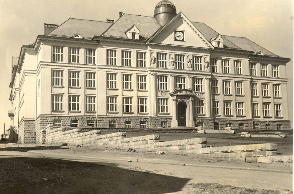 Masarykovy školy v proměnách času