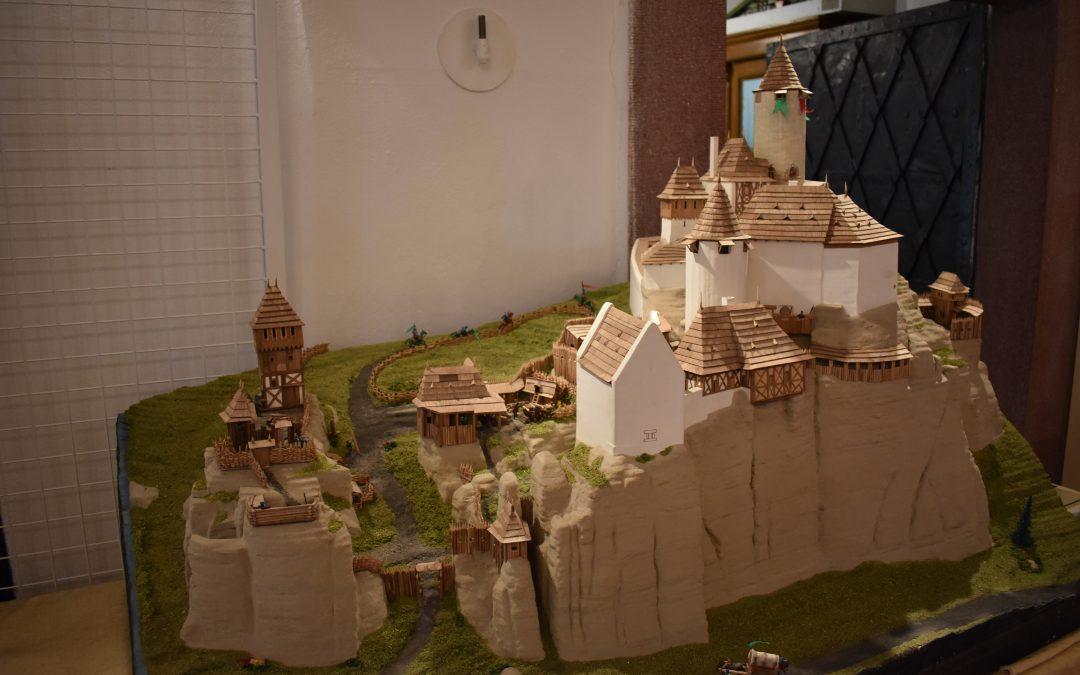 Výstava modelů hradů a zámků Českého ráje pokračuje